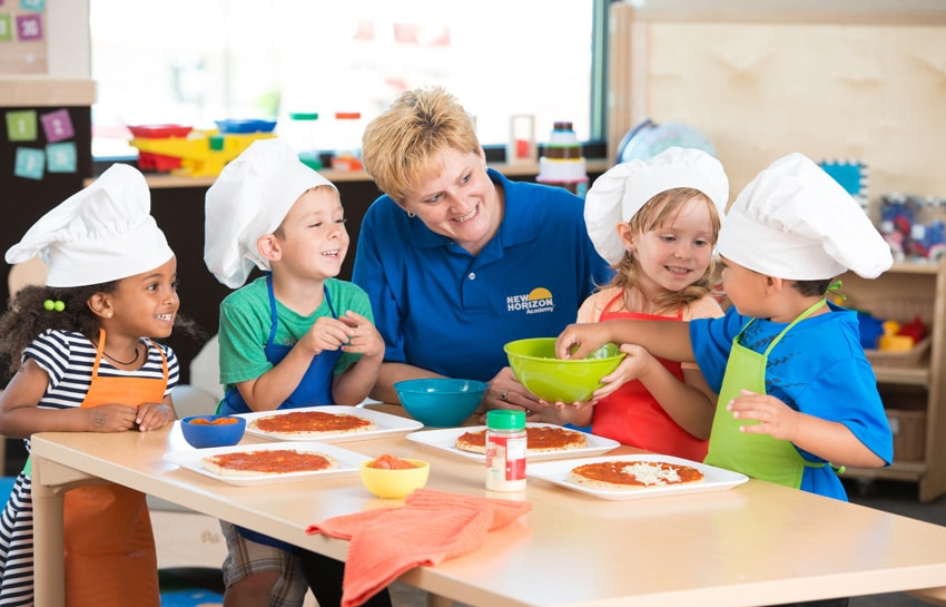Preschool Making Pizza